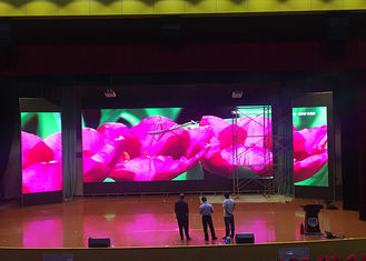 China SMD2121 HD P4 Indoor IP31 Advertising LED Display For Stage / Events supplier
