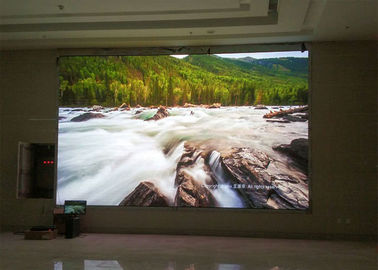 China High definition small pitch 3mm led display , P3 indoor led display distributor